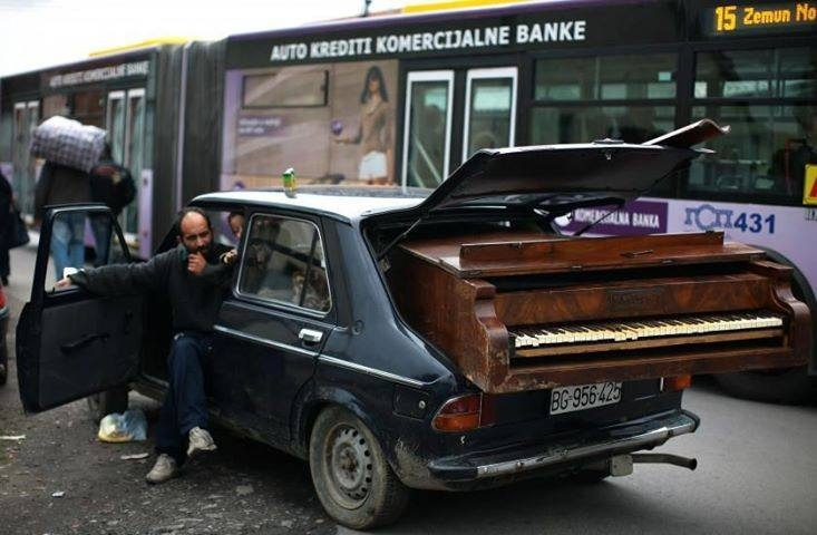Piano carring services from PianoTrans