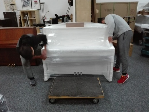 Piano moving services, we provide quality and feficient transport